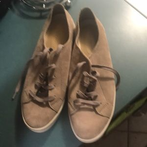 Never worn suede sneakers Hushpuppies